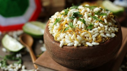 10 Local Street Food Dishes To Try In Kolkata
